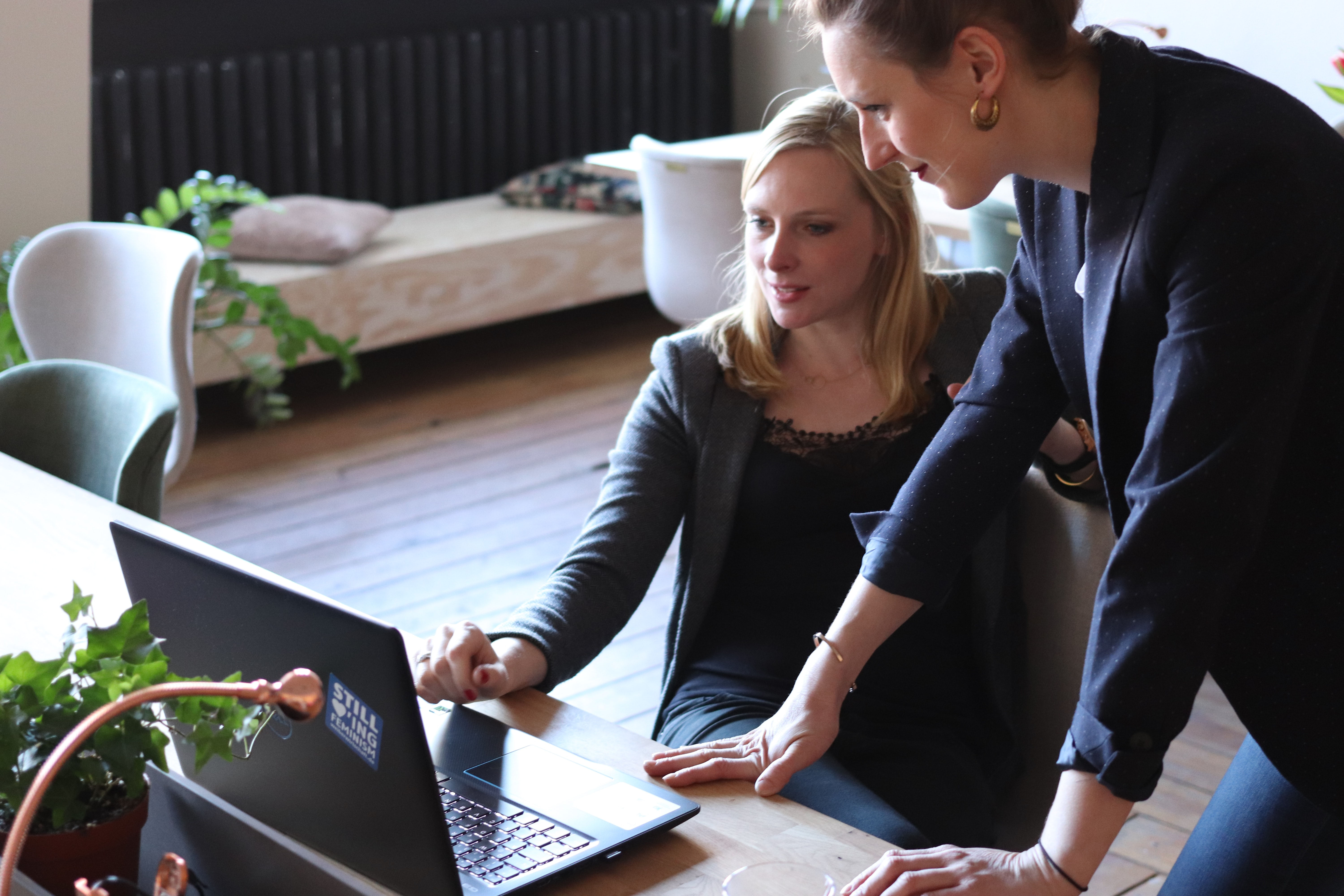 Posten Norge Group chose a company-wide leadership training program.